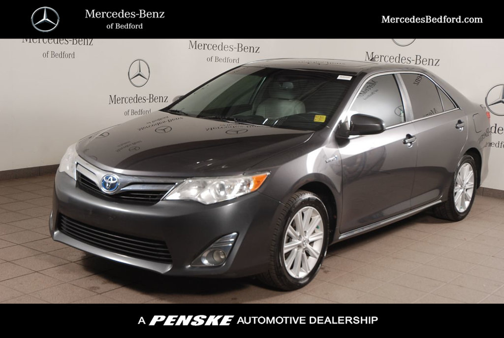 Pre-Owned 2014 Toyota Camry Hybrid 2014.5 4dr Sedan SE Limited Edition
